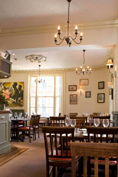 the dining room(pic courtesy Angel&Crown)