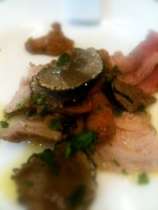 Rosé veal tagliata with girolles & scorzone truffle