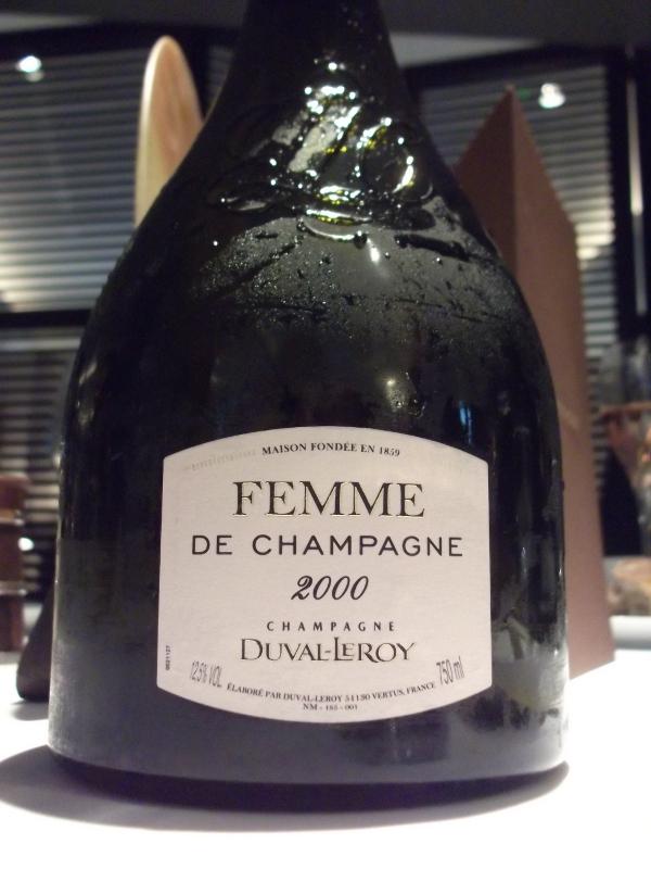 Femme de Champagne 2000